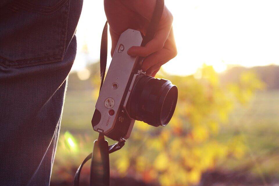 カメラ 安くなる時期